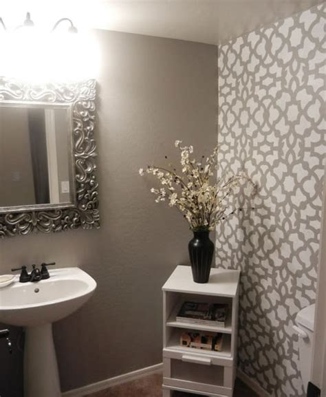 Bathroom Stencil Ideas by Diy Bathroom Makeover Using Stencils