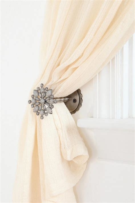 how to make curtain tie backs with curtain outstanding curtain tie back ideas how to tie