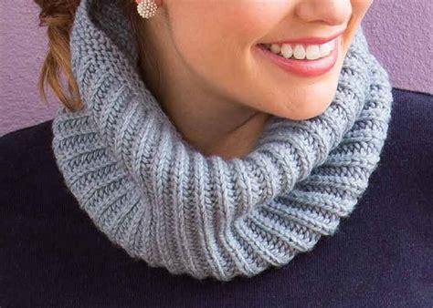 knitting brioche stitch in the free brioche stitch knitting guide 5 patterns knitting