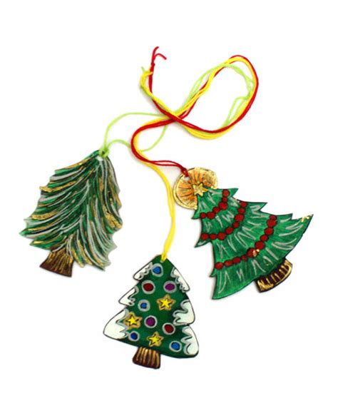shrinky dink ornaments easy diy ornaments