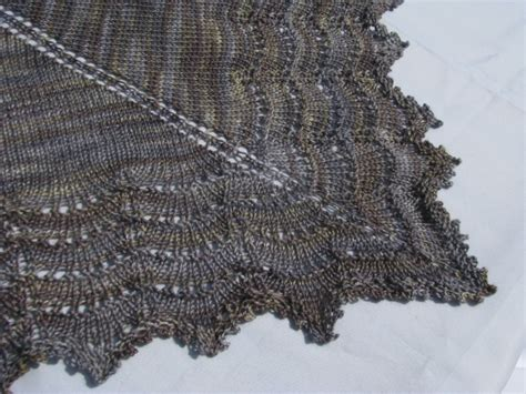 free knit lace shawl patterns the holden shawlette continued knitnscribble