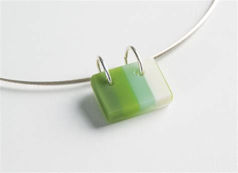 Kiln Glass For Jewelry And Wearables