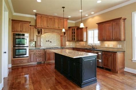 paint color for kitchen with maple cabinets kitchen paint colors with maple cabinets kitchen