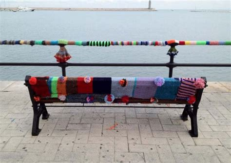 guerilla knitting patterns 25 best images about guerrilla knitting on