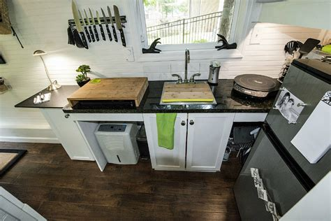 kitchen design small house 12 great small kitchen designs living in a shoebox