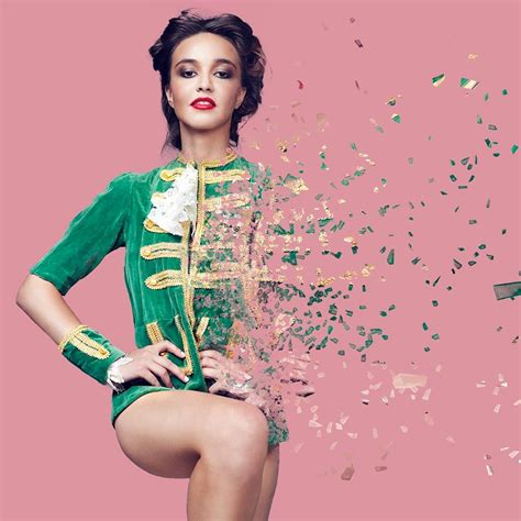 on photoshop create a amazing dispersion effect in photoshop