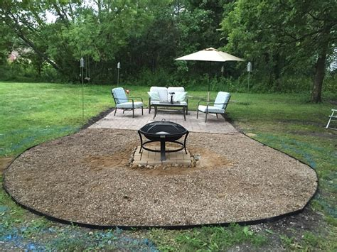 pea gravel pit the dabbling crafter diy sunday pit gravel patio