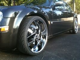 2005 Chrysler 300 Tire Size by 24x10 0 Wheels