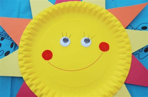 sun paper plate craft paper plate crafts how to make a sun goodtoknow