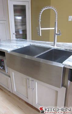 discount farmhouse kitchen sinks 1000 images about kitchen sinks faucets on