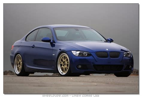 Blue Car Gold Wheels by Blue Car With Gold Rims Pics Anyone
