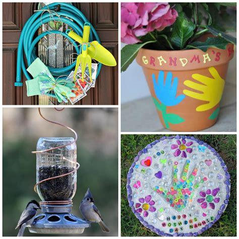 gift ideas for garden s day gift ideas for the gardener crafty morning