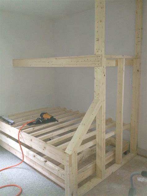 how to make built in bunk beds 25 best ideas about bunk beds on bunk