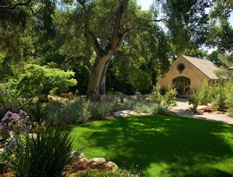 beautiful yards 30 wonderful backyard landscaping ideas