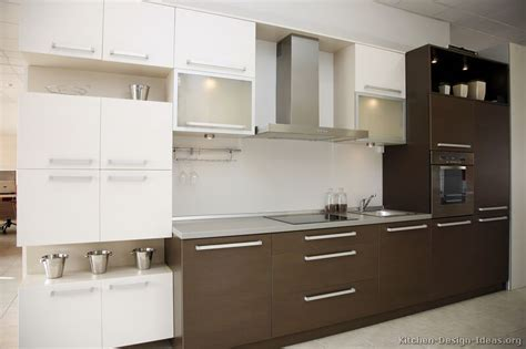 white and brown kitchen designs best 32 images brown and white kitchen design brown