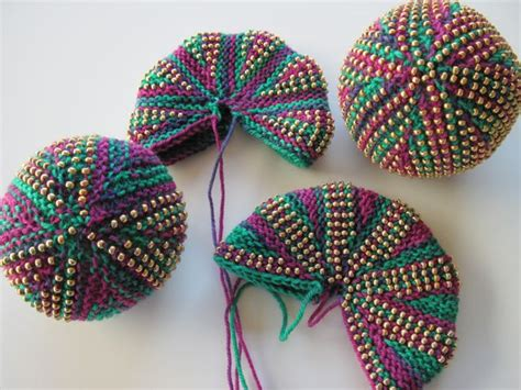 bead knitting knitting for mardi gras taking time to smell