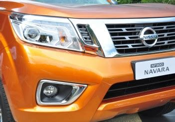 nissan np300 navara launched from rm79k carsifu