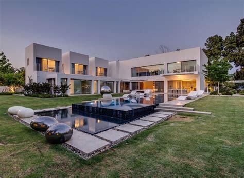 modern contemporary house designs top 50 modern house designs built architecture beast