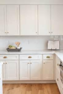 classic kitchen cabinet knobs shaker kitchen cabinet 25 best ideas about kitchen cabinet knobs on