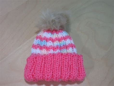 beginner knit hat pattern circular needles how to knit a newborn baby hat for beginners with circular