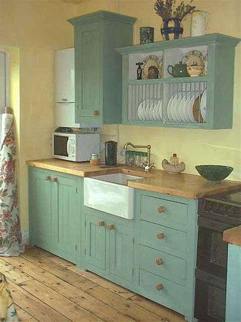17 best ideas about small country kitchens on 25 best ideas about small country kitchens on