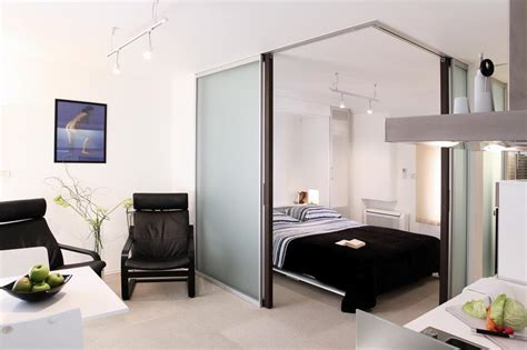 how many square in a studio apartment what is a studio apartment