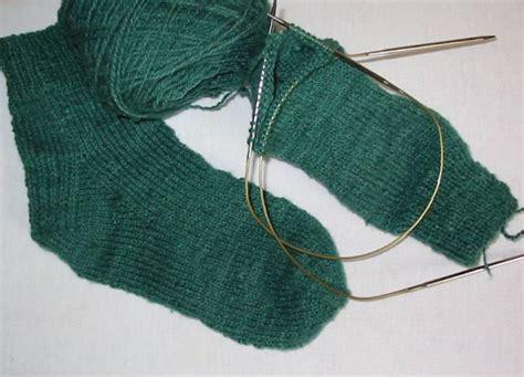 knitting socks on circular needles pollyspincraft
