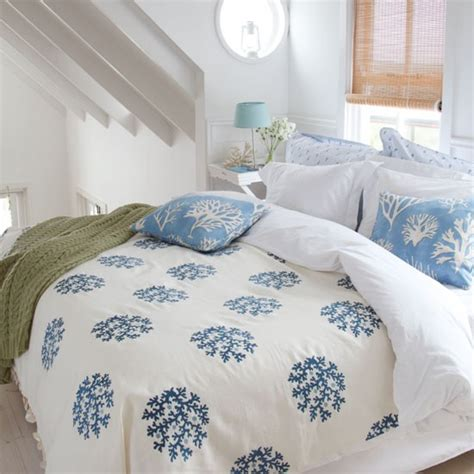 seaside bedroom designs coastal style bedding uk room ornament