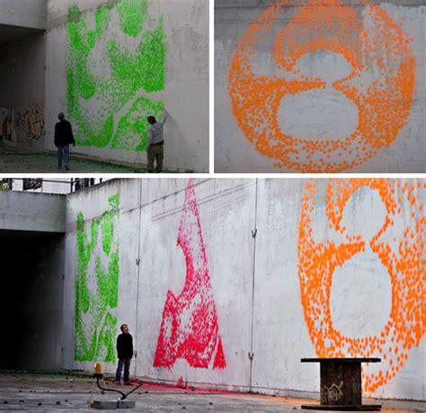 spray painter for interior walls facade printer robotic muralist spray paints walls at 5 dps