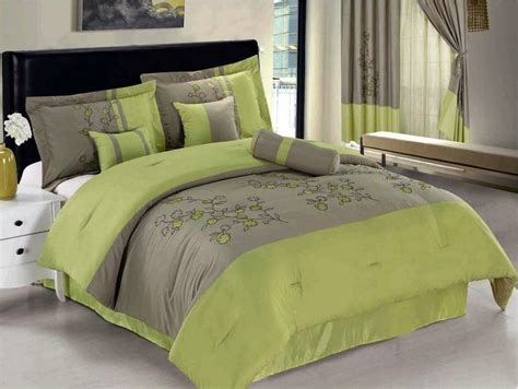 lime green bed set 25 best ideas about lime green bedding on
