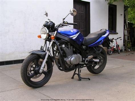 Suzuki Gs500 Specs by 2004 Suzuki Gs 500 E Pics Specs And Information