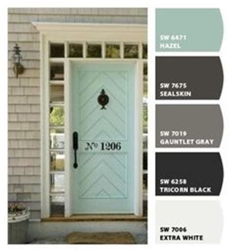 sherwin williams paint store wi what color to go with for the front door and shutters