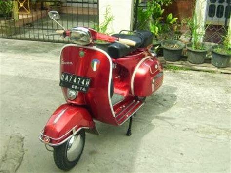 Modifikasi Vespa Merah by Vespa 78 Merah Tone Motor Expose