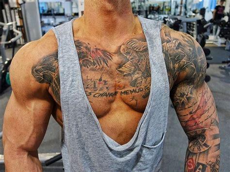 die besten 17 ideen zu m 228 nner tattoo brust auf pinterest
