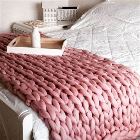 how to knit large blanket best 25 chunky knit throw ideas on large knit