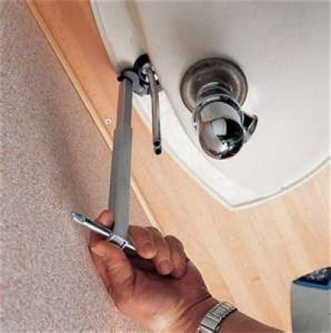 Removing A Kitchen Faucet 11 16 280 400mm adjustable besin wrench sink tap bath