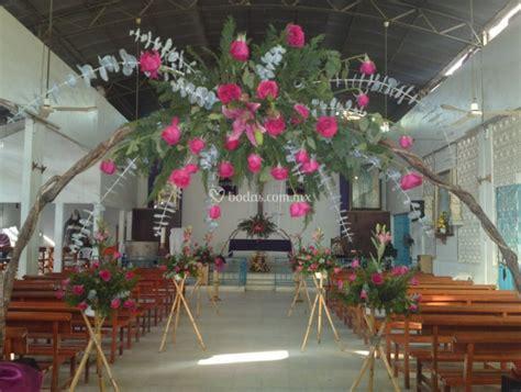 decoraciones florales para iglesias - Decoracion De Iglesias Para Bodas
