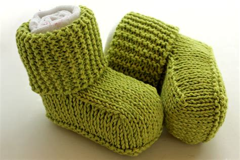 how to knit baby booties for beginners knitting patterns baby booties ugg images