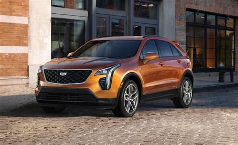 How Much Is A Cadillac Suv by Look 2019 Cadillac Xt4 Ny Daily News