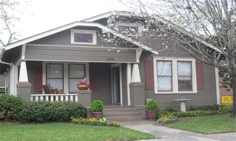 exterior house paint colors one story bungalow exterior house paint color combinations bungalow