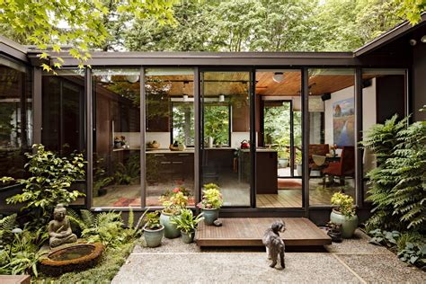 mid century modern homes and interiors on mid century modern mid