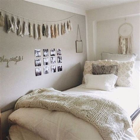inexpensive ways to decorate for 25 inexpensive ways to decorate your room