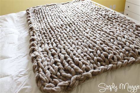 knit blanket pattern arm knit a blanket in 45 minutes by simply maggie