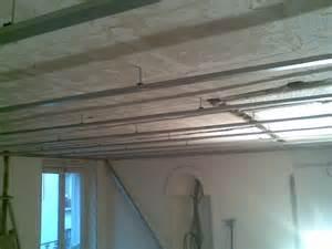 pose de faux plafond sur rail maison travaux