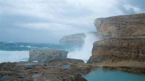 azure window collapse malta s iconic landmark azure window collapsed into the