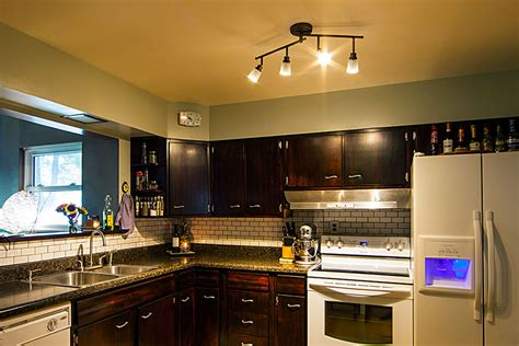 track lighting ideas for kitchen spotlights vs floodlights what s the difference bright leds