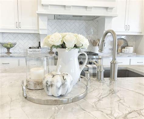 white kitchen decor 25 best ideas about kitchen countertop decor on