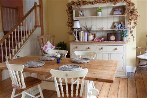Farmhouse Dining Room Decorating Ideas Country Farmhouse Decor Lovetoknow
