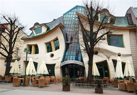 house poland krzywy domek crooked house in sopot poland