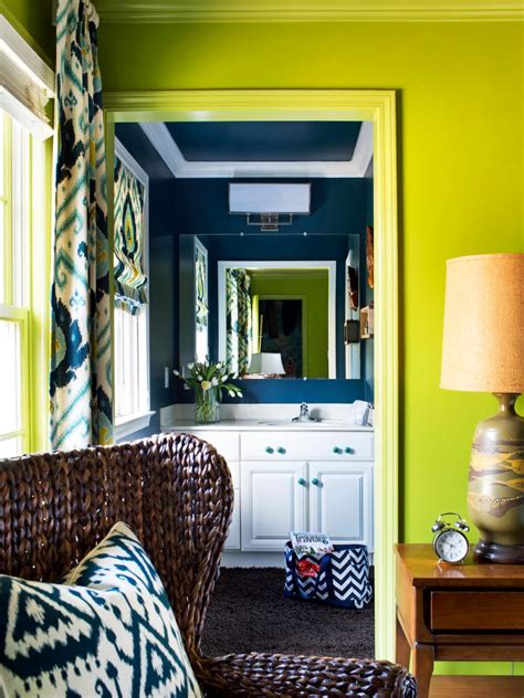 Hgtv Small Bathroom Makeover by Bold And Trendy Small Bathroom Makeover Hgtv